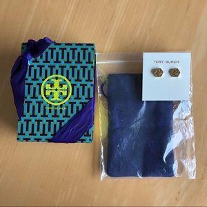 NWT Tory Burch Logo Earrings w Gift box Studs